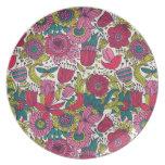 Estampado de flores brillante plato