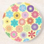 Estampado de flores colorido del flower power feme posavasos diseño