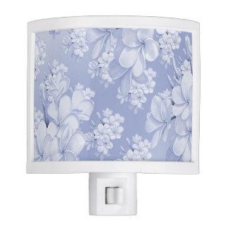 Estampado de flores delicado, azul (i) luces de noche