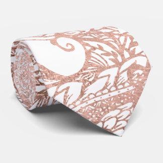 Estampado de flores dibujado mano color de rosa de corbata