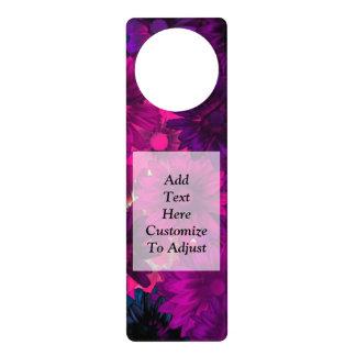 Estampado de flores moderno magenta púrpura colgante para puerta