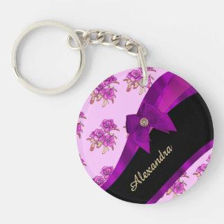 Estampado de flores púrpura de color de malva llavero redondo acrílico a una cara