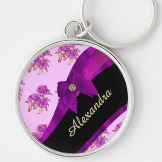 Estampado de flores púrpura de color de malva llavero redondo plateado