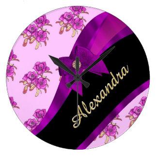 Estampado de flores púrpura de color de malva reloj redondo grande