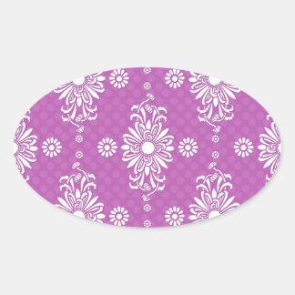 Estampado de flores púrpura y blanco brillante calcomanía oval personalizadas