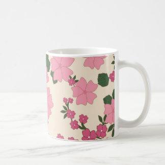 Estampado de flores rosado taza clásica