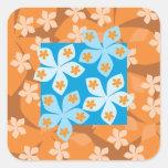 Estampado de flores tropical. Azul y naranja Calcomania Cuadradas Personalizada
