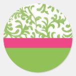 Estampado de flores verde y rosado pegatina redonda