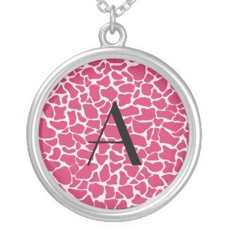 Estampado de girafa rosado del monograma joyerias personalizadas