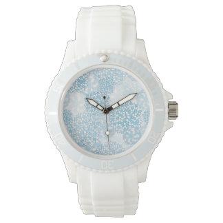 Estampado de plores azul y blanco relojes