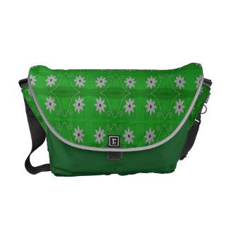 estampado de plores blanco verde bolsas de mensajería