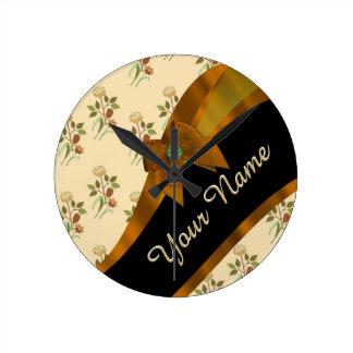 Estampado de plores floral del vintage marrón reloj redondo mediano