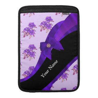 Estampado de plores floral del vintage púrpura funda  MacBook