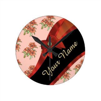 Estampado de plores floral del vintage rojo bonito reloj redondo mediano