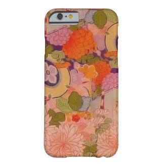 Estampado de plores floral rosado del kimono del funda de iPhone 6 barely there