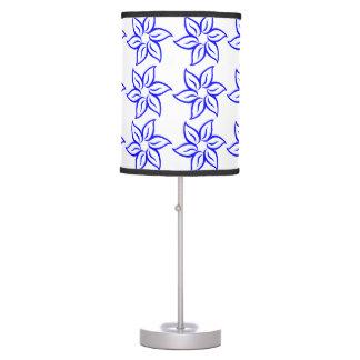 Estampado de plores rizado - azul en blanco lámpara de mesa