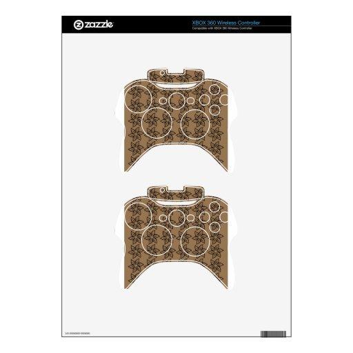 Estampado de plores rizado - negro en Brown pálido Mando Xbox 360 Skin