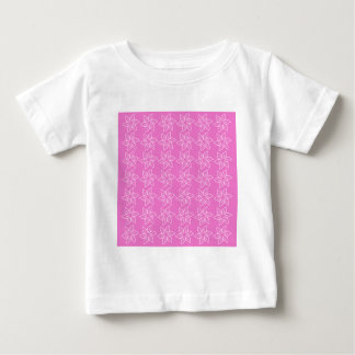 Estampado de plores rizado - rosa en rosa oscuro t-shirts
