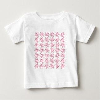 Estampado de plores rizado - rosa oscuro en blanco tshirt