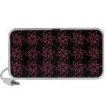 Estampado de plores rizado - rosa oscuro en negro iPod altavoz