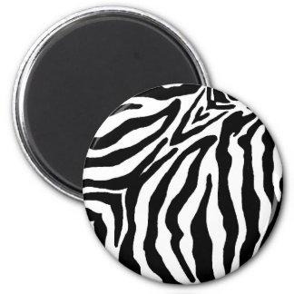 Estampado de zebra blanco y negro imán redondo 5 cm