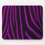 Estampado de zebra púrpura alfombrillas de raton