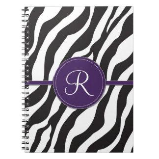 Estampado de zebra púrpura femenino del monograma libro de apuntes con espiral