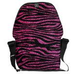 Estampado de zebra rosado y negro bling (falso bri bolsas de mensajeria