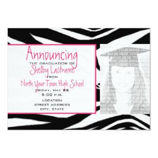 Estampado de zebra y invitación rosada de la foto