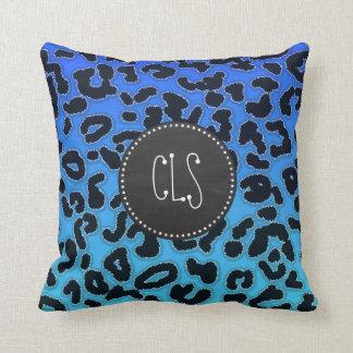 Estampado leopardo azul eléctrico; Mirada de la pi Cojines
