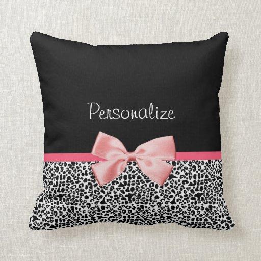 Estampado leopardo de moda y cinta rosada con cojín