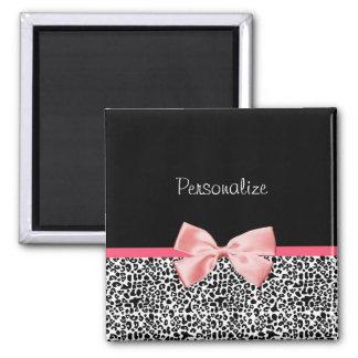 Estampado leopardo de moda y cinta rosada con nomb imán de frigorífico
