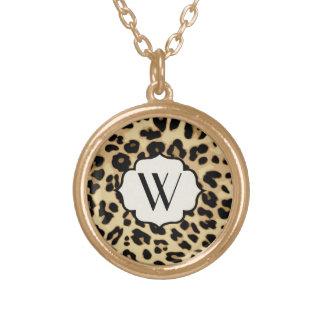 Estampado leopardo descarado con monograma pendientes personalizados