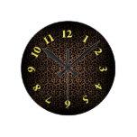 Estampado leopardo reloj