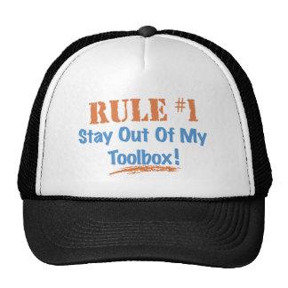 Estancia de la regla 1 fuera de mi caja de herram gorras