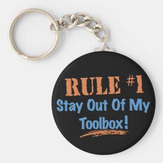 Estancia de la regla #1 fuera de mi caja de herram llavero redondo tipo pin
