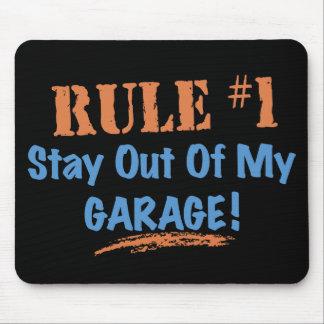 Estancia de la regla #1 fuera de mi garaje mousepad