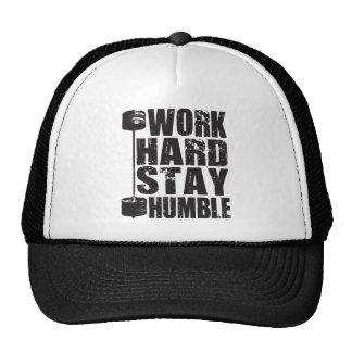 Estancia dura del trabajo humilde - pesa de gimnas