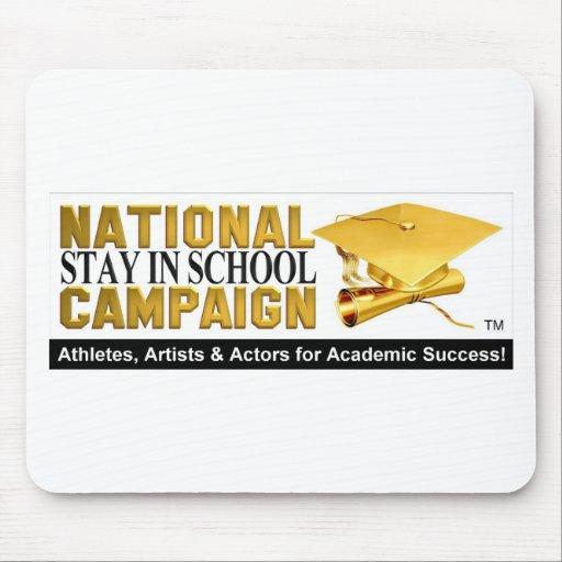Estancia nacional en campaña de la escuela alfombrillas de ratón