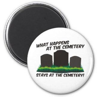 Estancias en el cementerio imán redondo 5 cm