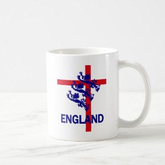 Estándar de Inglaterra y cruz reales de San Jorge Tazas