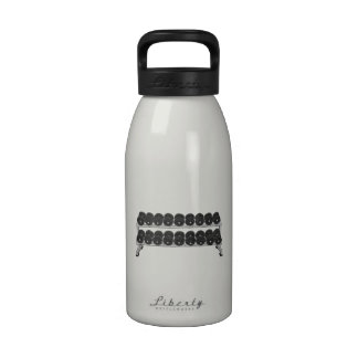 Estante de la pesa de gimnasia botella de agua