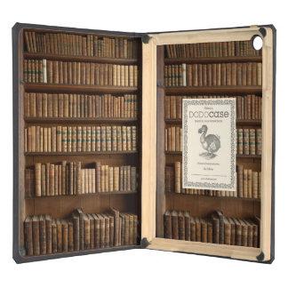 Estante de madera con los libros