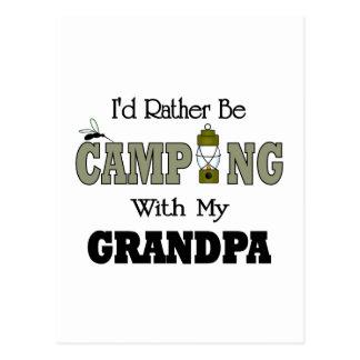 Estaría acampando bastante con el abuelo tarjetas postales
