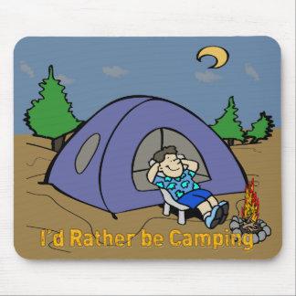 Estaría acampando bastante - escena Mousepad del