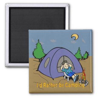 Estaría acampando bastante - imán del cuadrado de