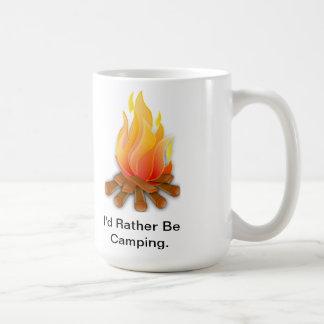 Estaría acampando bastante taza de café