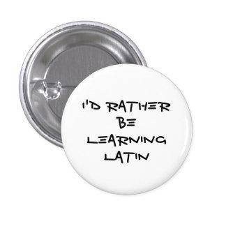 Estaría aprendiendo bastante el botón latino pins