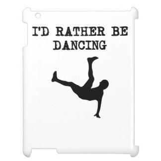 Estaría bailando bastante