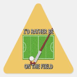 Estaría bastante en el campo (el hockey) pegatina triangular
